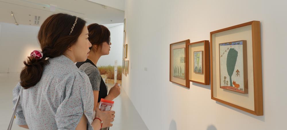 양주시립 '장욱진미술관'은 명실상부 양주 장흥문화예술체험특구의 거점으로, 인근에 장흥조각공원, 필룩스조명박물관 등이 있어 '문화 피서'를 즐기기에 안성맞춤이다.