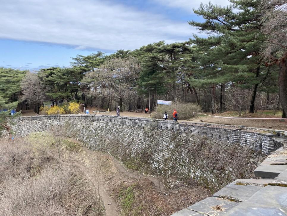 봄날의 남한산성 길